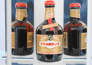 DRAMBUIE LIQUEUR AN 80'S BOTTLING